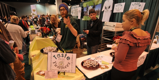 Cannabis bakers at Taste My Yummees booth at KushCom2 - yummy brownies