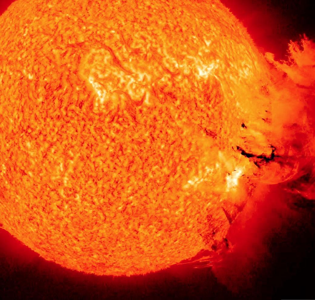 110608.solar.flare.jpg